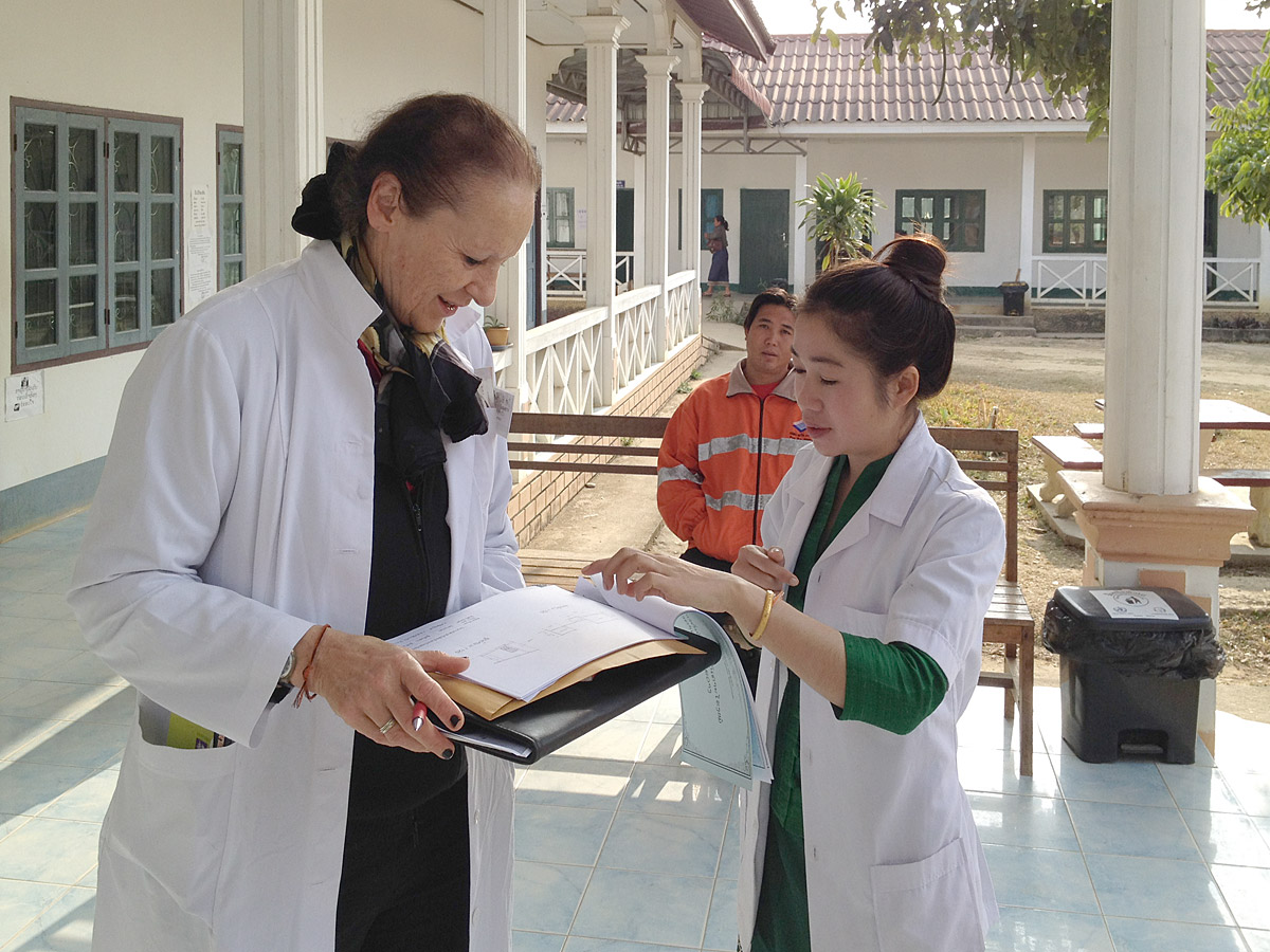 A doctor of the Swiss Laos Hospital Project with her Lao colleague