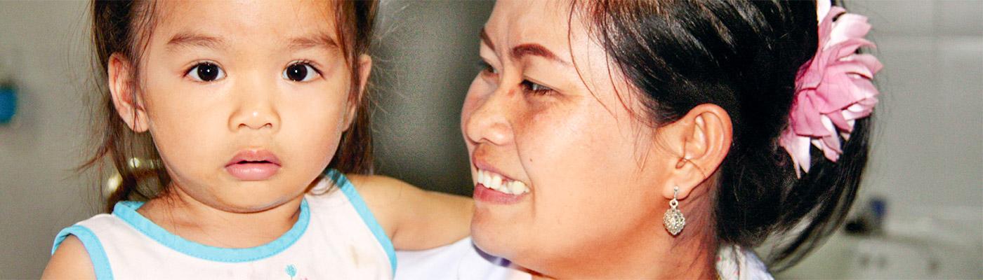 Junge Patientin in Laos